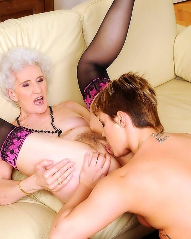 Lesbian granny perverted porn pics